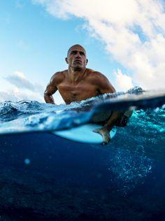 *Kelly Slater in Fiji, by Ryan Miller Kelly Slater, Surf Mar, Ryan Miller, Surfing Photos, Hawaii Surf, Learn To Surf, Big Waves, Soft Waves, Ocean Waves