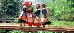 Sapa---flower Hmong. What a beautiful photo of a wonderful culture. :)