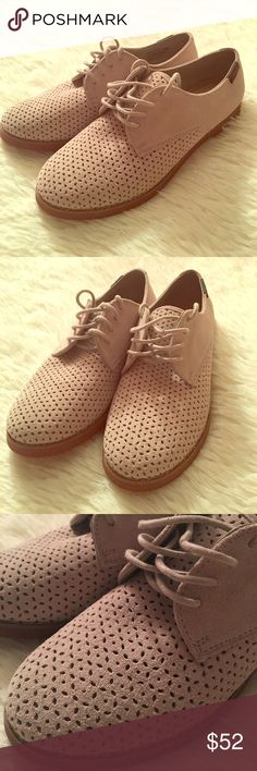 NWOT!!! Taupe suede oxfords NWOT!!! Never worn!!! Taupe suede women's oxfords from G. H. Bass & Co; Ellis style; eyelet pattern on toe, Lace up; leather uppers; cushioned memory foam soles, thick solid bottoms; these are super comfortable and in trend style shoes; pair with ankle socks and a fit and flare dress for a fun vintage look! These really are the best shoes to make it through your work day with your feet in tact 😁 Bass Shoes Flats & Loafers