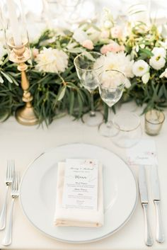 Get set to swoon for hours over Merry & Robert's spectacular destination wedding in Italy. Tuscan sunsets and pizza parties at Borgo Casabianca. Wedding Table Setup, Wedding Table Settings, Wedding Reception Decorations, Table Decorations, Wedding Ideas, Blush Wedding Theme, Tuscan Wedding, Italy Wedding, Love And Marriage