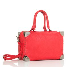 Look at this bag! I am so overly drawn to this bag!