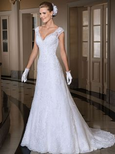 Sleeveless Fit and Flare V Neck Appliqued Beaded Lace Wedding Dresses 2016 robe de mariage casamento louisvuigon
