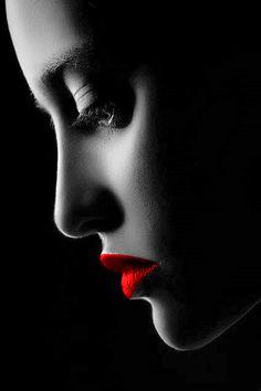 red & black ✿⊱╮