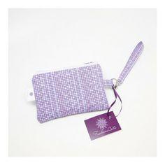 Porta câmera fotográfica - quadriculado lilás - com cabinho removível