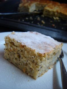 Körtés-mákos kevert süti   Mai Móni Vanilla Cake, Baked Goods, Banana Bread, Food And Drink, Pie, Favorite Recipes, Baking, Hipster Stuff, Cooking
