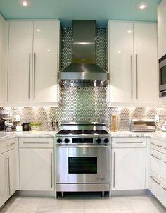 Love, love, triple love this kitchen.