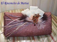 EL RINCONCITO DE MARISA Diy Clutch, Clutch Purse, Bling Purses, Bag Pattern Free, Fascinator Hats, Knitted Bags, Handmade Bags, Fabric Flowers, Bag Making