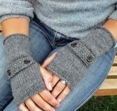 Fingerless gloves - I've always liked the look, though my fingers would get cold!