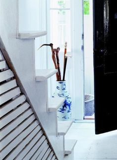 Chinoiserie Chic: Blue and White Inspiration