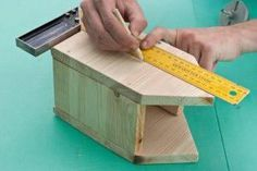 This diy step by step article is about how to build a bird house. Building bird houses out of wood is easy if you use the right decorative free plans and proper tools. Wooden Bird Houses, Bird Houses Diy, Diy Home Decor Projects, Diy Projects To Try, Building Bird Houses, Bird House Plans Free, Diy Step By Step, Bird Boxes, Woodworking Projects For Kids