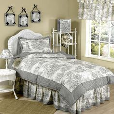 Total Fab: Black and White/Cream Toile & Damask Comforters and Bedding Sets