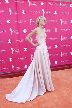 Taylor Swift - The 42nd Annual Academy Of Country Music Awards 2007 - MGM Grand - Las Vegas, Nevada - May 15, 2007. | pink dress side | by mattpart2