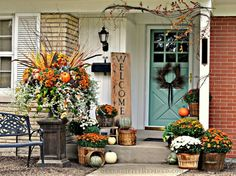 23 Fall Front Door Decorations That Will Make Your Neighbors Jealous - Top Dreamer