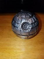3 Stars: Death Star Grinder Zinc Alloy Herb Tobacco Grinder 3 Piece Grinder With Pollen Catcher  I'm a huge Star Wars fan. This herb grinder Death Star is going for $11.99 on Amazon right now.  The grinder is made up of 3 different pieces and is very well put together. It has some great weight to it and feels very substantial. There is a very strong magnetic in the top piece and the pollen catcher part screws into the base.  The grinder is about 2 inches by 2 inches.  The grinder does a…
