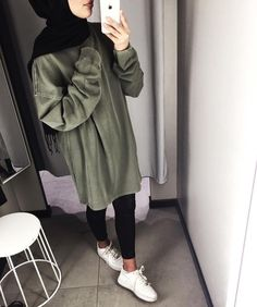 Hijab Outfit : That lighting thooooooo Modern Hijab Fashion, Street Hijab Fashion, Hijab Fashion Inspiration, Muslim Fashion, Fashion Wear, Fashion Outfits, Dress Fashion, Trendy Fashion, Style Inspiration