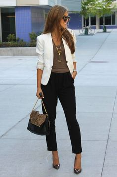 work fashion beige blazer chic style