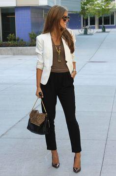 work fashion beige blazer chic style