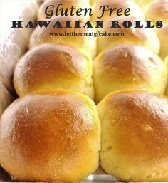 Gluten Free Hawaiian Rolls What's a Thanksgiving dinner without a basket of soft, fluffy dinner rolls? These gluten free Hawaiian rolls will satisfy your cravings for those buttery rolls we've all been missing. I dare anyone to tell they're gluten free! Gf Recipes, Gluten Free Recipes, Whole Food Recipes, Pecan Recipes, Spinach Recipes, Ketogenic Recipes, Bread Recipes, Easy Recipes, Recipies