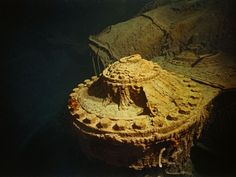 27 Haunting Photos of the Wreck of the Titanic When It Was First Discovered in 1985 Rms Titanic, Titanic Today, Titanic Wreck, Titanic Photos, Titanic Ship, Titanic History, Titanic Underwater, Underwater Photos, Belfast