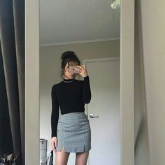•Pinterest : @vandanabadlani Fashion, image, outfit, street style, hipster, teen, body goals, Pretty Beauty, girl, girly, hair, makeup, love, icon, eyelash, brows, nails, fashion, style, girl inspiration, gorgeous people, image, cute, lush, life