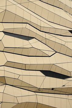 Creative Architecture and Texture image ideas & inspiration on Designspiration Facade Architecture, Contemporary Architecture, Architectural Pattern, Architectural Drawings, Architectural Models, Architectural Elements, Texture Images, Parametric Design, Building Exterior