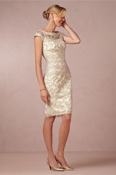 2015 Wonderful Lace Gold Sexy Mother of the Bride Dresses Knee-Length A-Line Gorgeous Women Party Gowns (3)