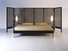 ベッド ベッド Suzy Wong コレクション by KENNETH COBONPUE | デザイン: Kenneth Cobonpue