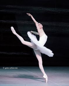 Svetlana Zakharova, Bolshoi Ballet, Swan Lake  Photo © Gene Schiavone