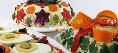 O reteta de salata de boeuf cu carne si maioneza de casa prezentata in 3 variante extrem de aspectuoase care vor impresiona pe oricine! Cake, Desserts, Food, Tailgate Desserts, Deserts, Food Cakes, Eten, Cakes, Postres