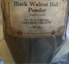 Black Walnut Hair Dye – How to color your hair with black walnut powder. Had no idea this was possible. Hmmm...