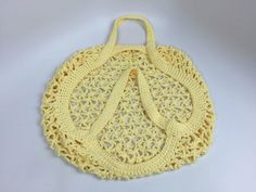 Introducing a crochet large market bag that has an interesting shape and lots of great advantages. The tutorial will help you with this crochet stitch. Crochet Diagram, Crochet Patterns, Cute Crochet, Knit Crochet, Knitting Projects, Crochet Projects, Crochet Crowd, Crochet Market Bag, Produce Bags