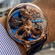 The courageous equationdutemps Having a Rose Gold Dragon on the wrist Jacob Co Astronomia Dragon Trendy Watches, Luxury Watches For Men, Cool Watches, Amazing Watches, Beautiful Watches, Cartier, Gold Dragon, Skeleton Watches, Hand Watch