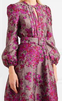 Simple Dresses, Elegant Dresses, Pretty Dresses, Beautiful Dresses, Casual Dresses, Iranian Women Fashion, Muslim Fashion, Moda Chanel, Dress Outfits