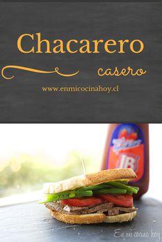 Chacarero es un sandwich chileno hecho con porotos verdes/ejotes, tomate y carne. Delicioso. Chilean Recipes, Chilean Food, How To Make Burgers, Tortilla Rolls, Vegan Burgers, Empanadas, Deli, Sandwiches, Food And Drink