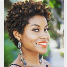 . Natural Afro Hairstyles, Twist Hairstyles, African Hairstyles, Hairstyles With Bangs, Black Hairstyles, Hairdos, Bangs Updo, Dreadlock Hairstyles, Updo Hairstyle