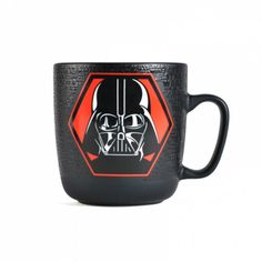Mug en relief Dark Vador, Star Wars Cadeau Star Wars, Star Wars Mugs, Sith, Mug Designs, Darth Vader, Geek Stuff, Retro, Dark, Tableware