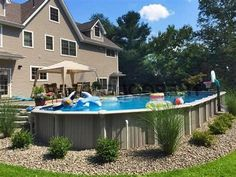 Pool fencings are ideal for privacy and also protection. But you can still have fun setting up your pool fence. Below are 27 Awesome pool fence ideas! Above Ground Pool Landscaping, Above Ground Pool Decks, Above Ground Swimming Pools, In Ground Pools, Pools For Small Yards, Backyard Ideas For Small Yards, Swimming Pool Landscaping, Swimming Pools Backyard, Landscaping Ideas