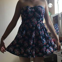 Forever 21 flower dress Size medium, Flowers Forever 21 Dresses