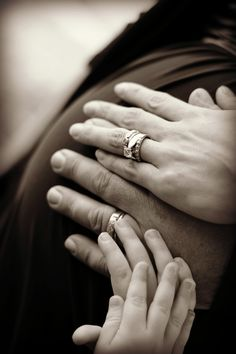 Family Maternity Photoshoot PhotoFocusPhotography