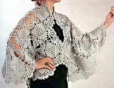 Crochet shawl made of motif triangles ♥LCP-MRS♥ with diagram.