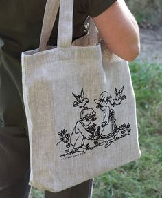 Screen printed linen tote bag. Eco-friendly, practical and stylish!