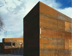 Corten makes me crazy on pinterest corten steel steel and interactive museum - Architectuur staal corten ...