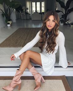 """Mi piace"": 107.6 mila, commenti: 703 - Negin Mirsalehi (@negin_mirsalehi) su Instagram: ""All white is never a bad idea in summer. Wearing @lpathelabel top + matching skirt. @revolve…"""