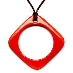QueCraft Horn & Lacquer Pendant - Q10878-O