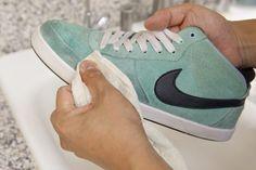 Cómo limpiar zapatos de imitación gamuza