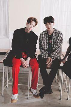 Younghoon - Sunwoo The Boyz K Pop, Hyun Jae, All About Kpop, Wattpad, Anniversary Photos, Flower Boys, Pop Singers, Fujoshi, New Artists