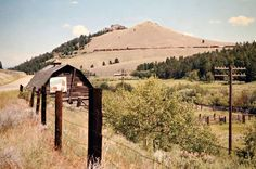 Milwaukee Road (West) by John F. Bjorklund – Center for Railroad Photography & Art Railroad Photography, Art Photography, Milwaukee Road, Railroad Pictures, Train Pictures, Round House, Train Travel, Montana, Outdoor Structures