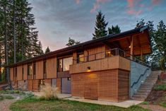 The Pumpkin Ridge Passive House combines a 2x6 stud wall and a Larsen truss system, both insulated with dense-pack cellulose.