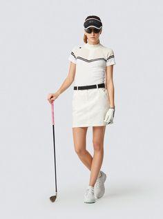 Womens Golf Wear, Womens Golf Shoes, Mens Golf Fashion, Sport Fashion, Looks Academia, Golf Sport, Cute Golf Outfit, Ladies Golf, Women Golf