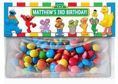 Sesame Street Birthday Goodie Bag Toppers party by XochitlMontana Aaliyah Birthday, Elmo Birthday, Boy Birthday Parties, Birthday Ideas, Birthday Candy, Birthday Board, Happy Birthday, Elmo Party Supplies, Birthday Supplies